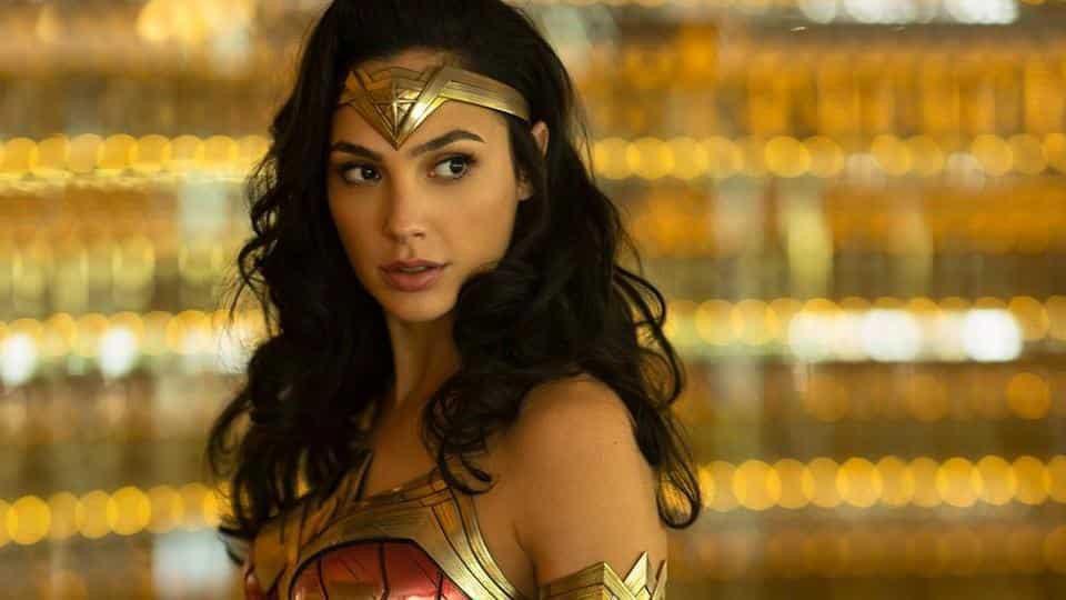 Đâu chỉ mình Marvel, nhà DC cũng có cả dàn sao sáng sắp lên sàn cho bằng chị bằng em - Ảnh 11.
