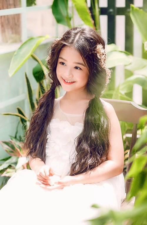 4 ngọc nữ nhí không đợi tuổi đã vụt sáng của V-biz: từ bản sao Kim Yoo Jung đến Hoa hậu Việt Nam tương lai - Ảnh 21.