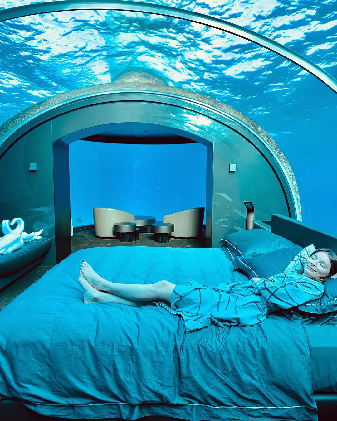 Loá mắt với khách sạn triệu đô dưới đáy biển Ấn Độ Dương mà chỉ giới siêu giàu mới đủ tiền thuê - Ảnh 10.