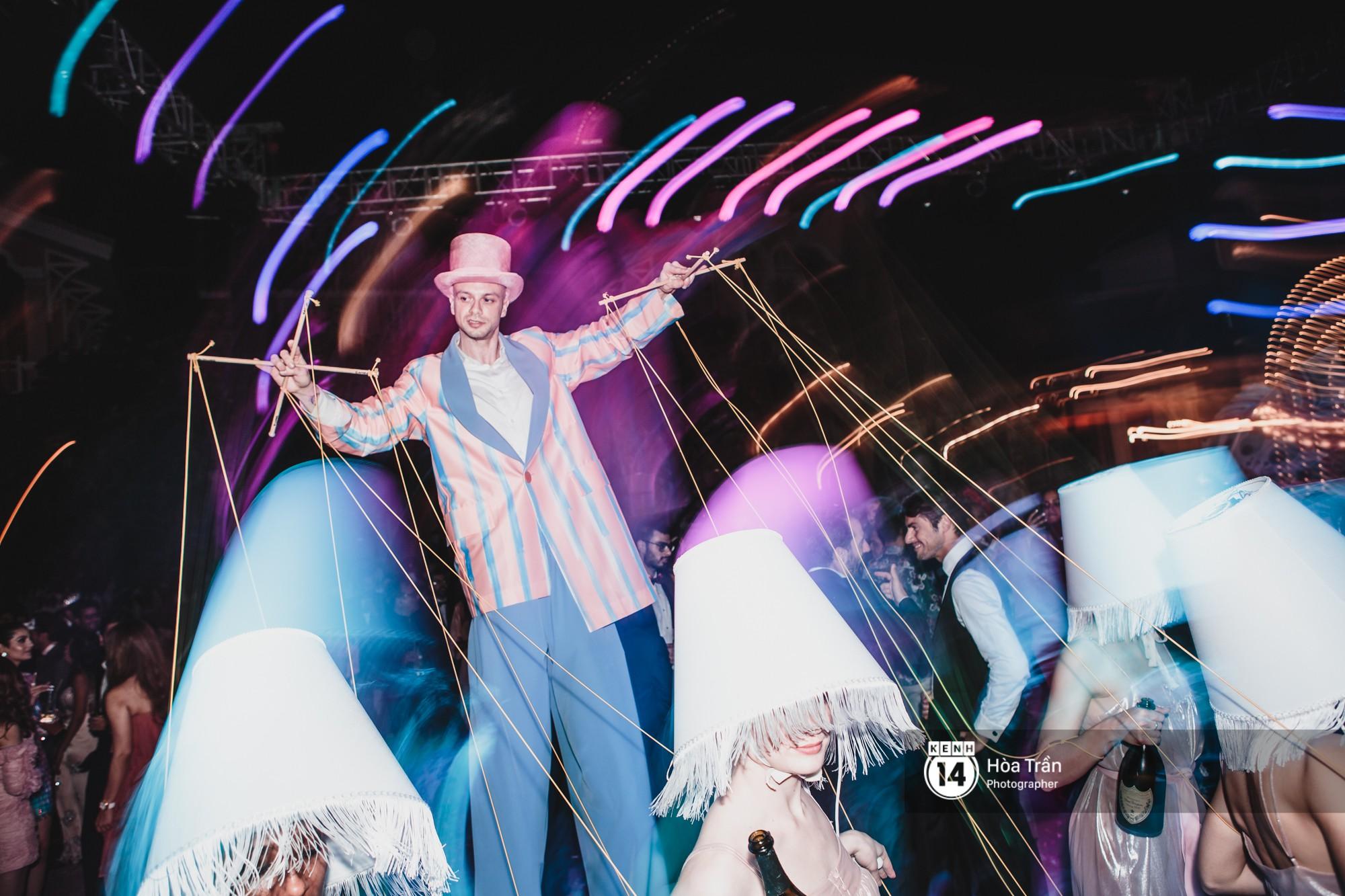 Cặp đôi tỷ phú Ấn Độ lộng lẫy cùng các khách mời đại gia vào đêm tiệc Pink Party đầu tiên ở Phú Quốc - Ảnh 19.