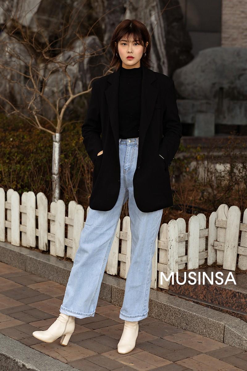 Street style giới trẻ Hàn tuần qua toàn những công thức đẹp thôi rồi mà bạn sẽ muốn diện ngay cho ngày se lạnh tại miền Bắc lúc này - Ảnh 11.