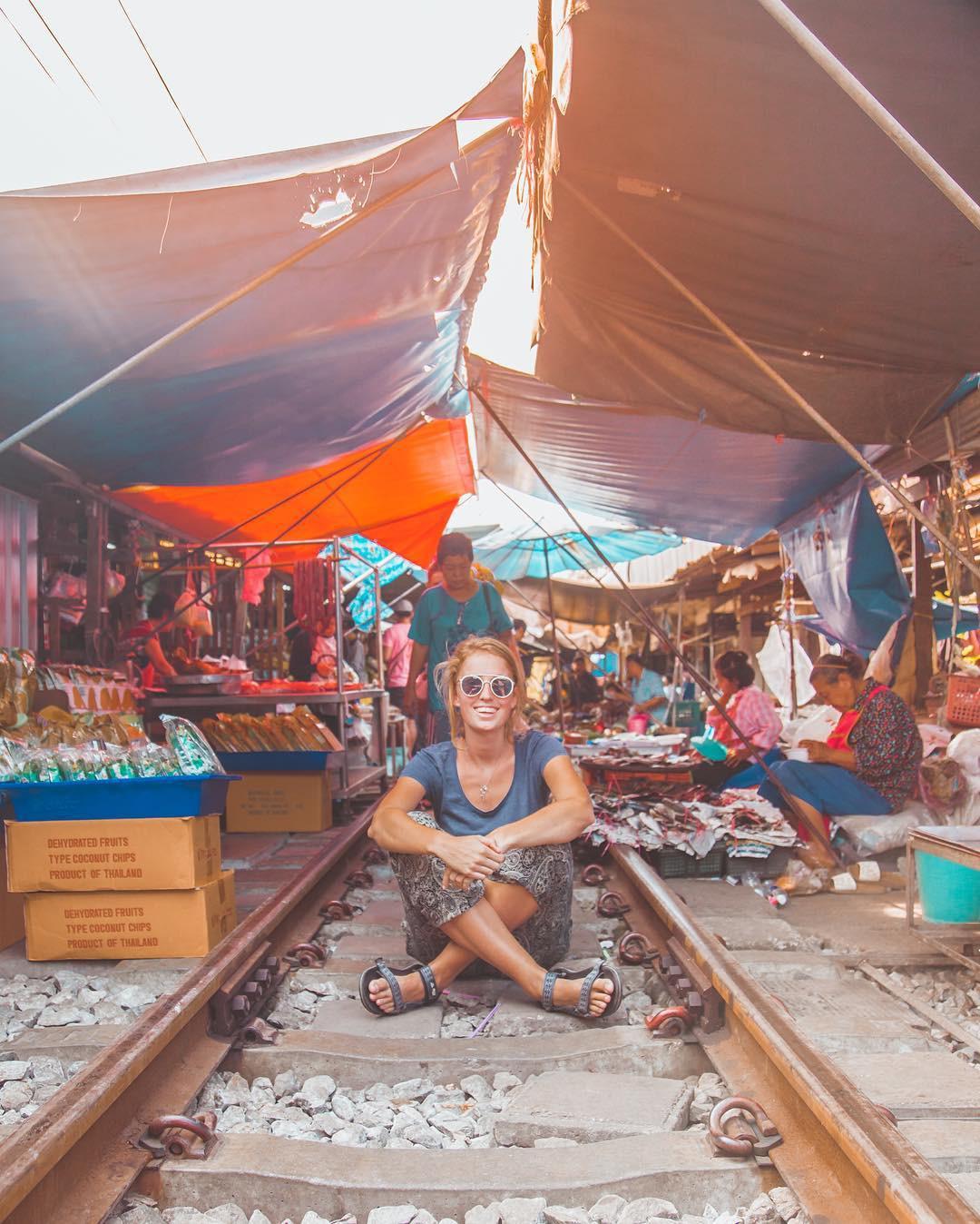 Đã dò ra đường đến khu chợ đường ray độc nhất vô nhị nằm ở ngoại ô Bangkok - Ảnh 12.