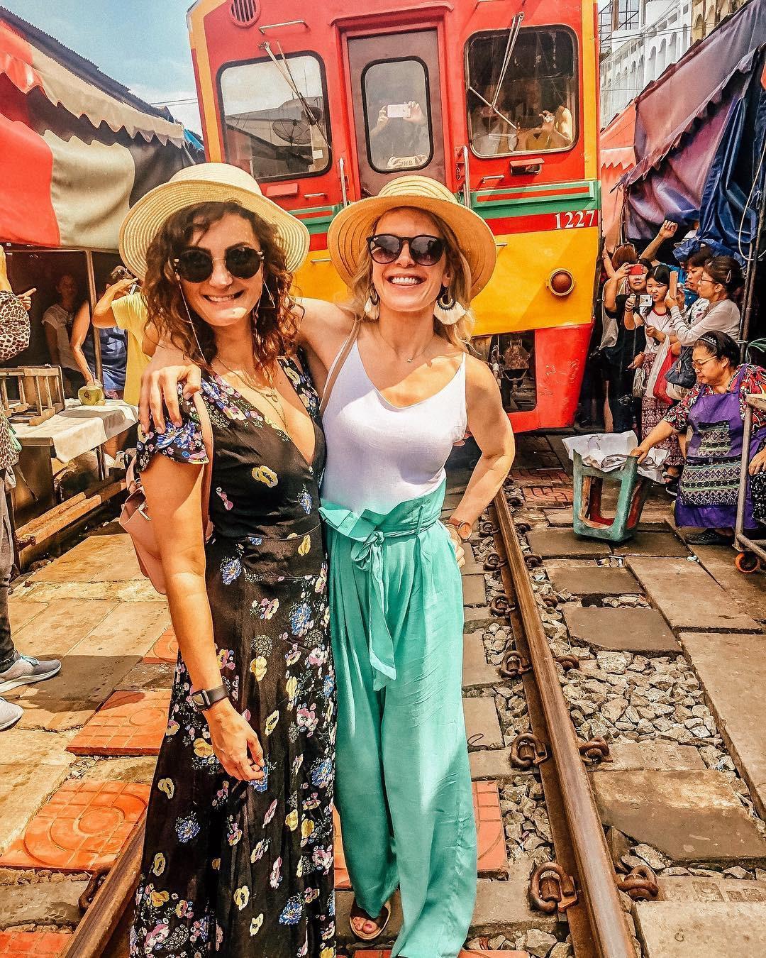 Đã dò ra đường đến khu chợ đường ray độc nhất vô nhị nằm ở ngoại ô Bangkok - Ảnh 6.