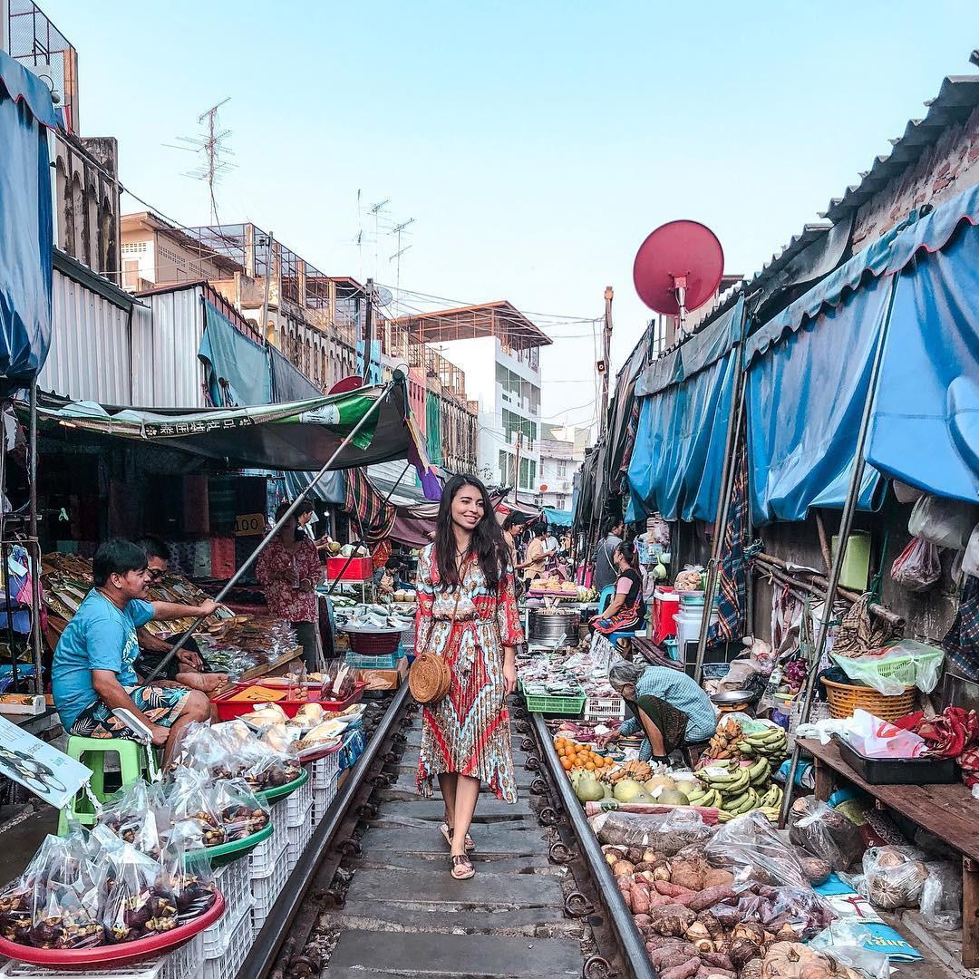 Đã dò ra đường đến khu chợ đường ray độc nhất vô nhị nằm ở ngoại ô Bangkok - Ảnh 14.