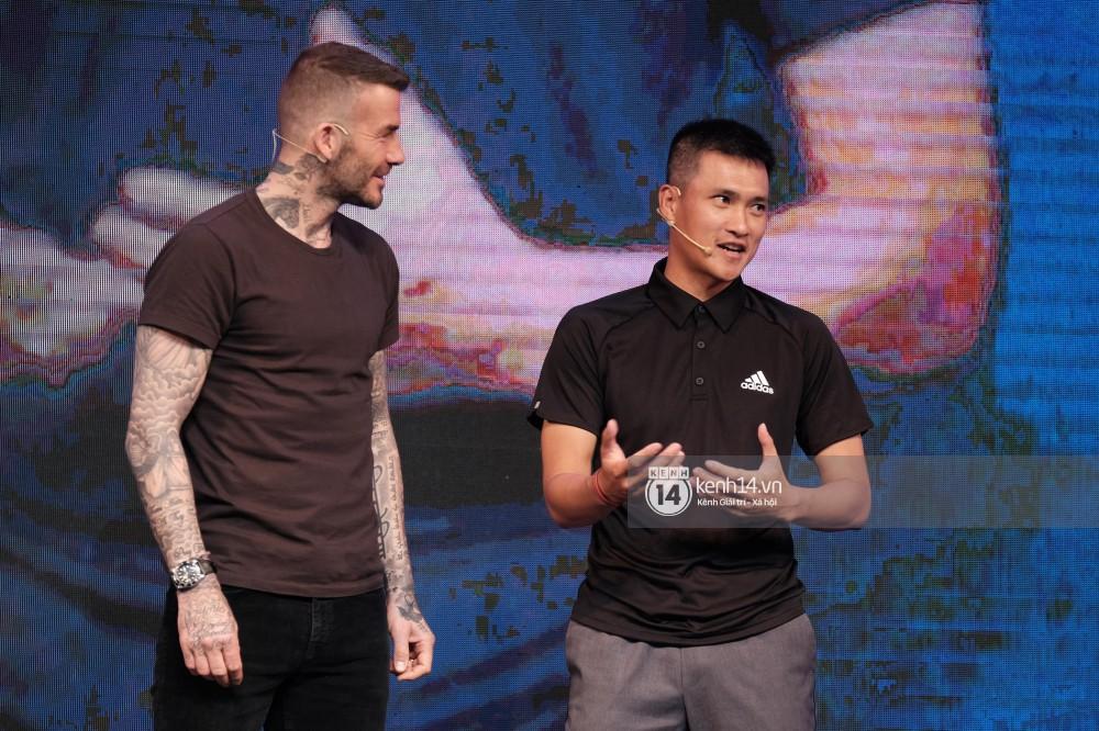 Khoảnh khắc hiếm có: Lần đầu tiên David Beckham, Công Vinh, Duy Mạnh hội ngộ trong một khung hình - Ảnh 2.