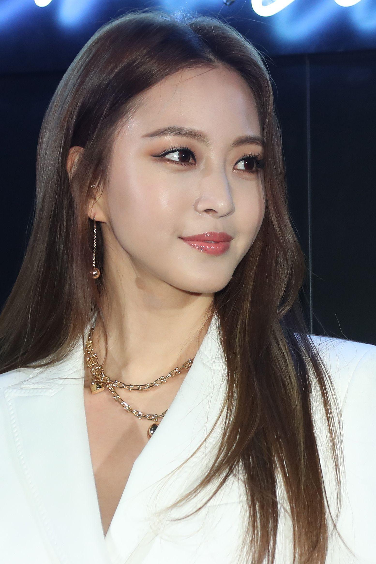 Chuyên gia thẩm mỹ chọn ra Top mỹ nhân có gương mặt đẹp nhất Kbiz: Cuối cùng idol đánh bật được diễn viên - Ảnh 8.
