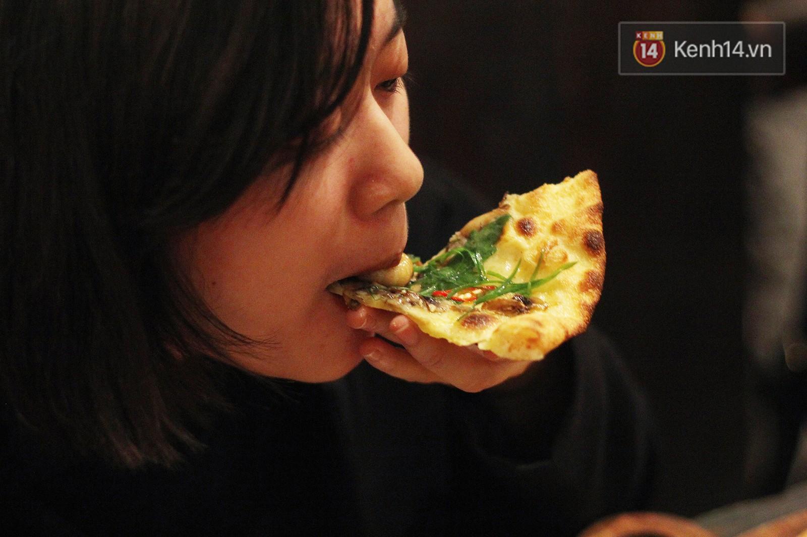 Ăn thử pizza đuông dừa: không cẩn thận là topping bò đi mất và hẳn ai cũng bất ngờ vì sự thật phía sau - Ảnh 9.