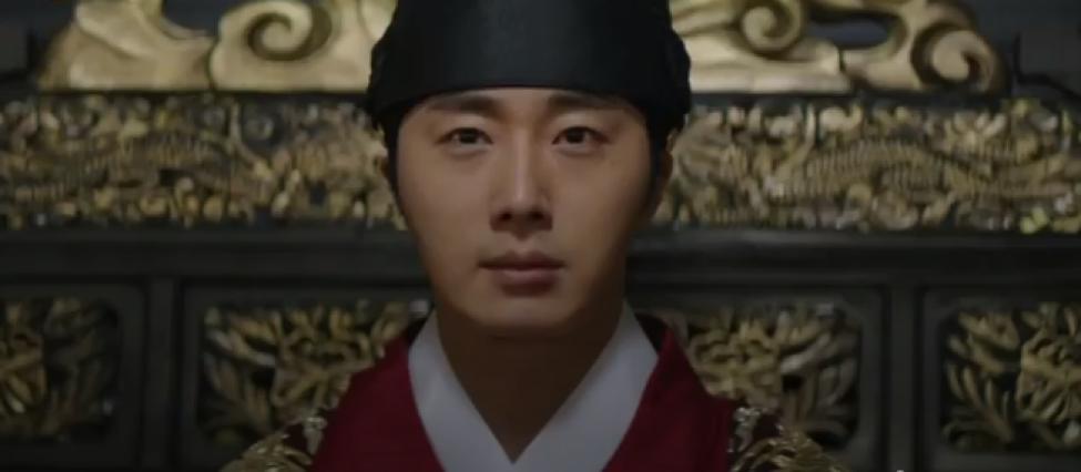 Làm idol chưa đủ giàu, Choi Si Won mẫn cán đi làm đa cấp lừa đảo, múa miệng không ai bằng - Ảnh 2.