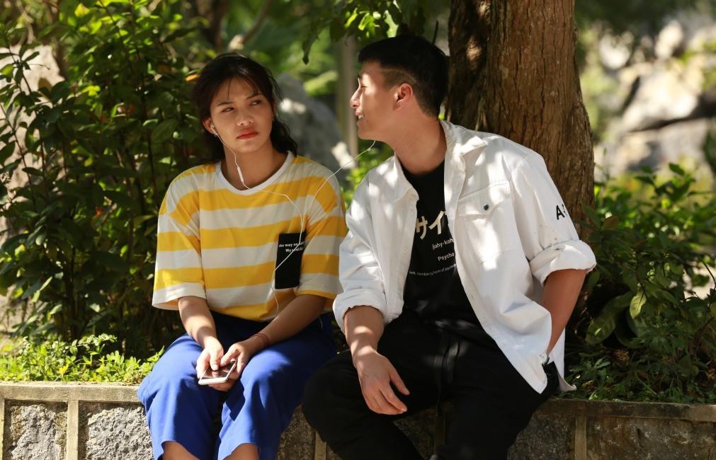 Ekip Chạy Trốn Thanh Xuân tiết lộ Huỳnh Anh nhiều lần đi trễ, có hôm cả đoàn đợi 2 tiếng? - Ảnh 10.