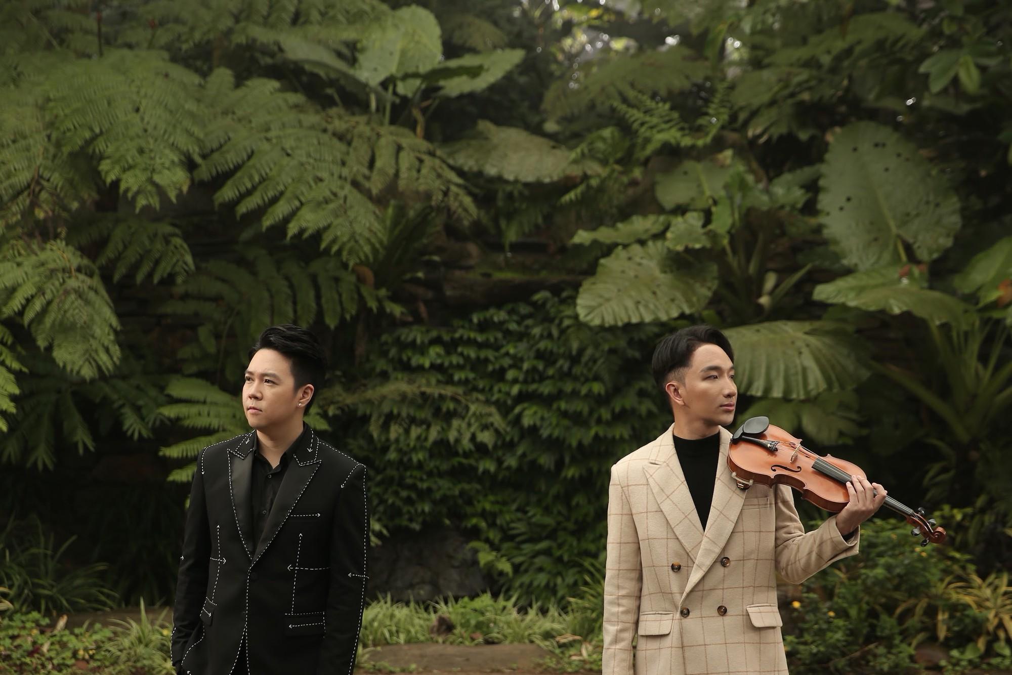 Gần 3 tháng sau kết hôn, Lê Hiếu khoe giọng hát đầy cảm xúc trong MV kết hợp cùng nghệ sĩ violon Hoàng Rob - Ảnh 2.