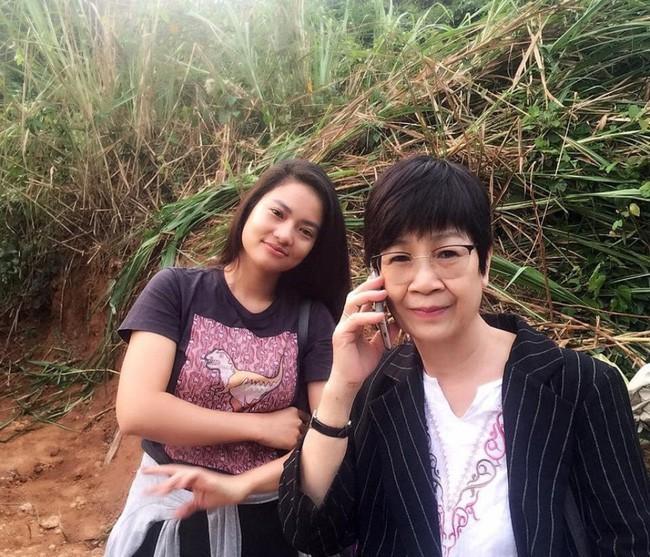 Ekip Chạy Trốn Thanh Xuân tiết lộ Huỳnh Anh nhiều lần đi trễ, có hôm cả đoàn đợi 2 tiếng? - Ảnh 3.