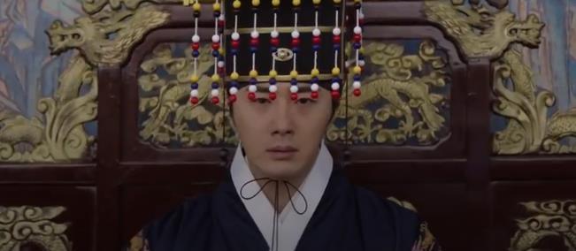 Làm idol chưa đủ giàu, Choi Si Won mẫn cán đi làm đa cấp lừa đảo, múa miệng không ai bằng - Ảnh 3.