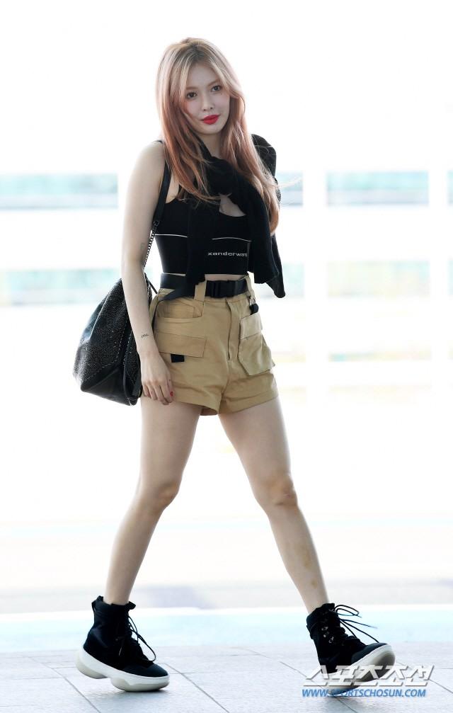 Màn đọ sắc gay cấn của dàn mỹ nhân Hàn: Black Pink siêu xinh, nhưng Hyuna lại chiếm spotlight vì gương mặt đơ cứng - Ảnh 12.