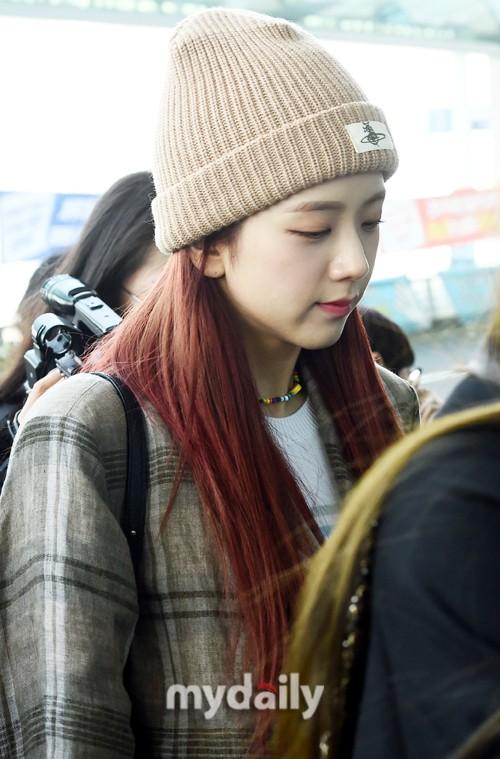 Màn đọ sắc gay cấn của dàn mỹ nhân Hàn: Black Pink siêu xinh, nhưng Hyuna lại chiếm spotlight vì gương mặt đơ cứng - Ảnh 11.