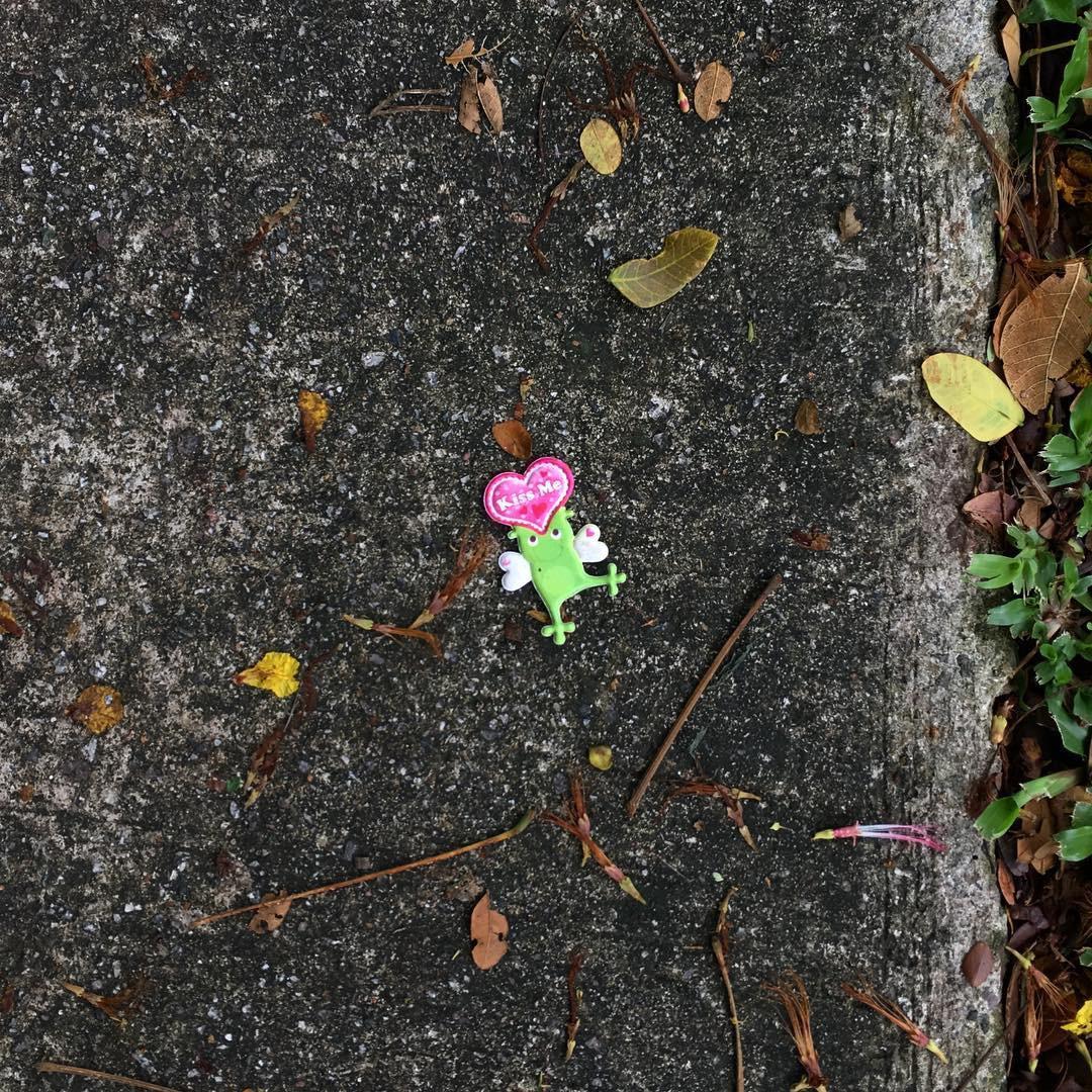 Choáng với Instagram chuyên chụp ảnh rác mà vẫn nghệ như tranh trừu tượng nổi tiếng - Ảnh 3.