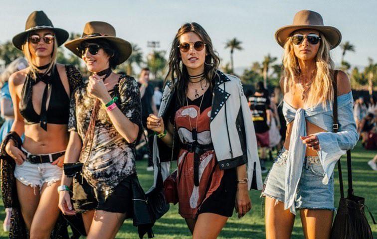 Trai xinh gái đẹp toàn thế giới hội tụ, Coachella - lễ hội âm nhạc lớn nhất hành tinh chính thức khai màn - Ảnh 4.