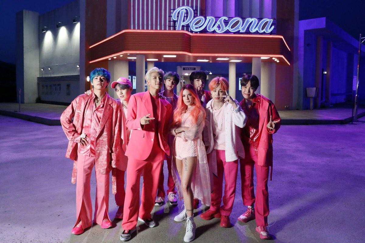 Fandom miền Tây của BTS thuê cả quán net cày view cho idol, chơi lớn vậy ai chơi lại? - Ảnh 1.