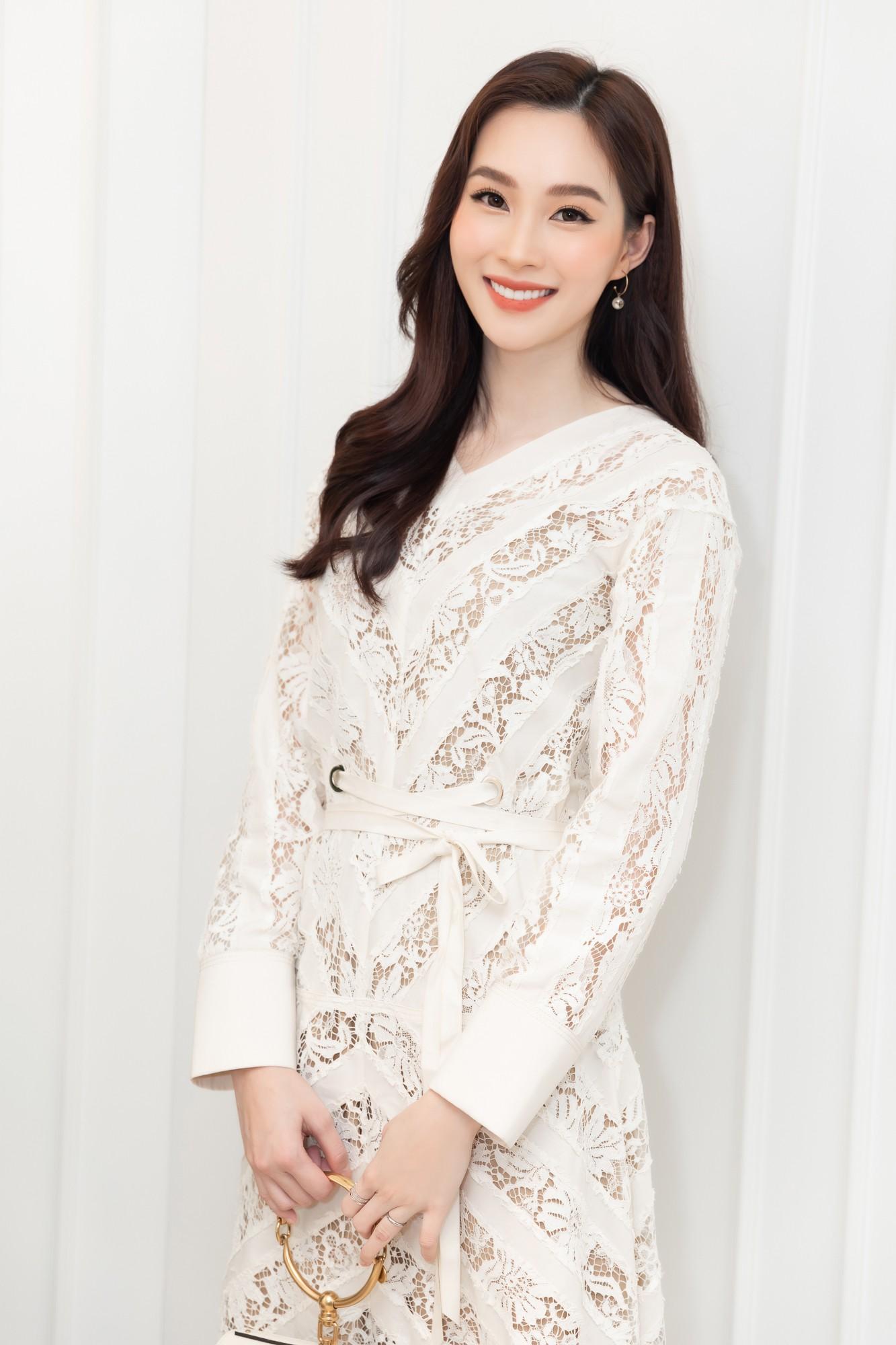 Đều là Hoa hậu Việt Nam mà xuất hiện chung một sự kiện mới thấy Thu Thảo - Kỳ Duyên khác nhau thế nào - Ảnh 2.