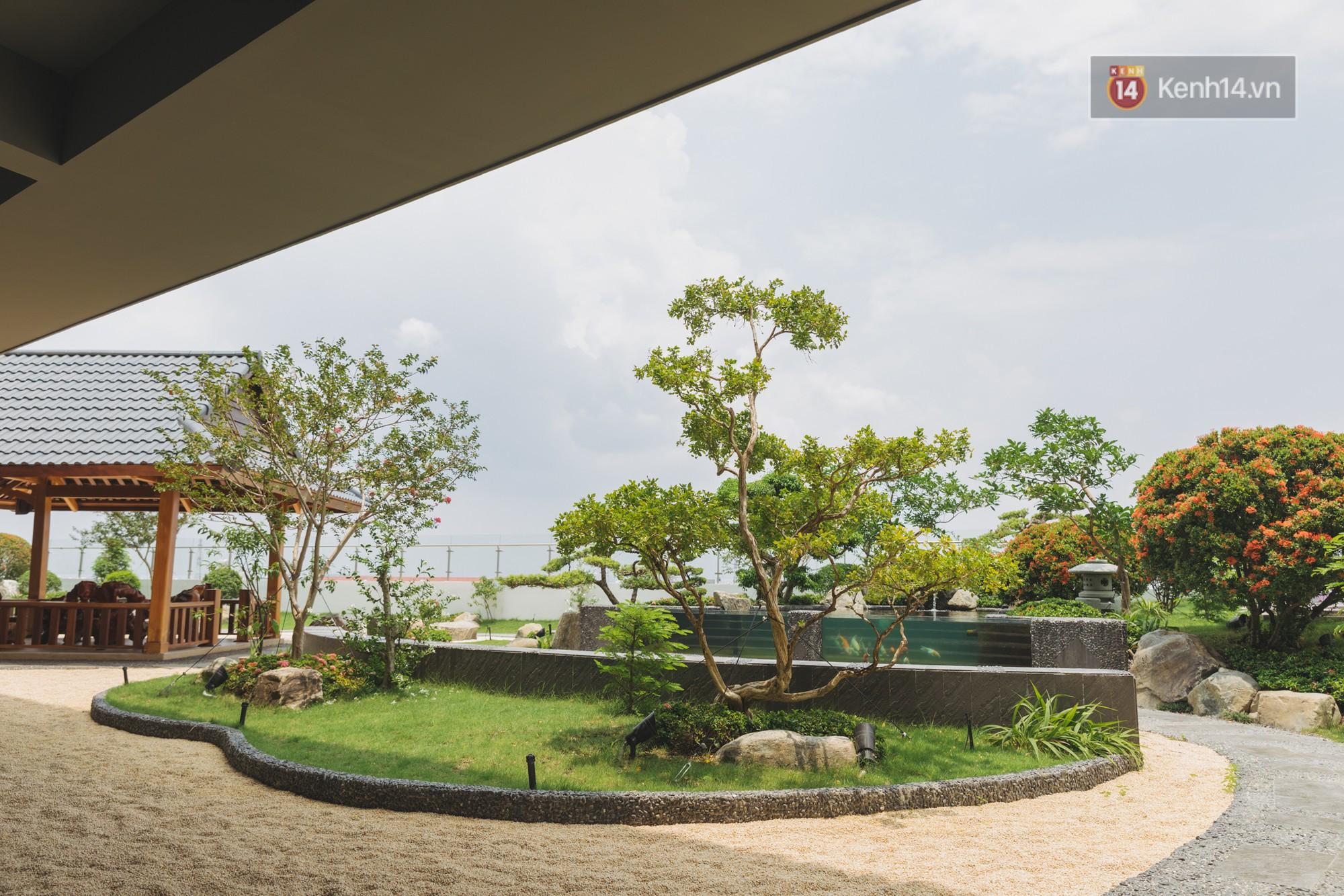 Thiên đường sống ảo mới ở Sài Gòn gọi tên ĐH Văn Lang: Đẹp như trung tâm thương mại, lên hình lung linh bất chấp mọi ngóc ngách - Ảnh 14.