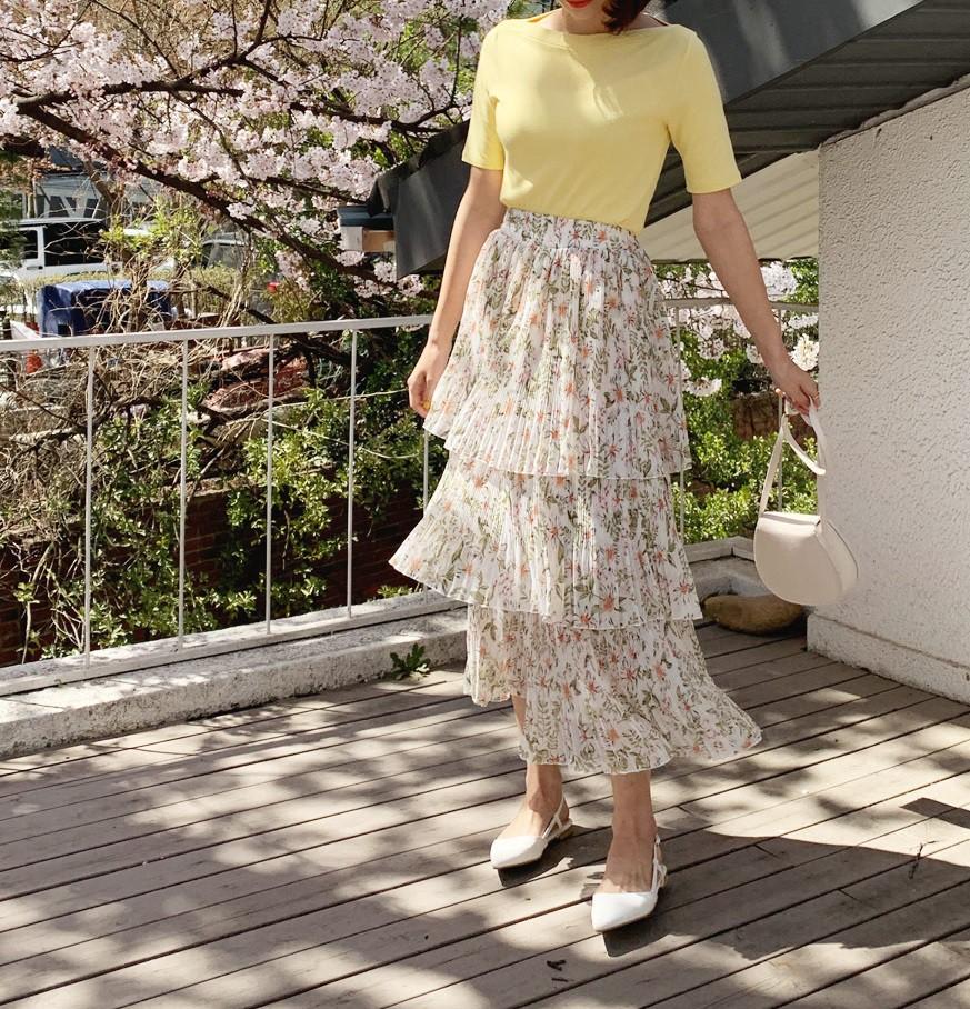 Chân váy hoa hè 2019 xinh đến mức có thể khiến bạn tiếc nuối khôn nguôi nếu không sắm ngay cho mình - Ảnh 3.