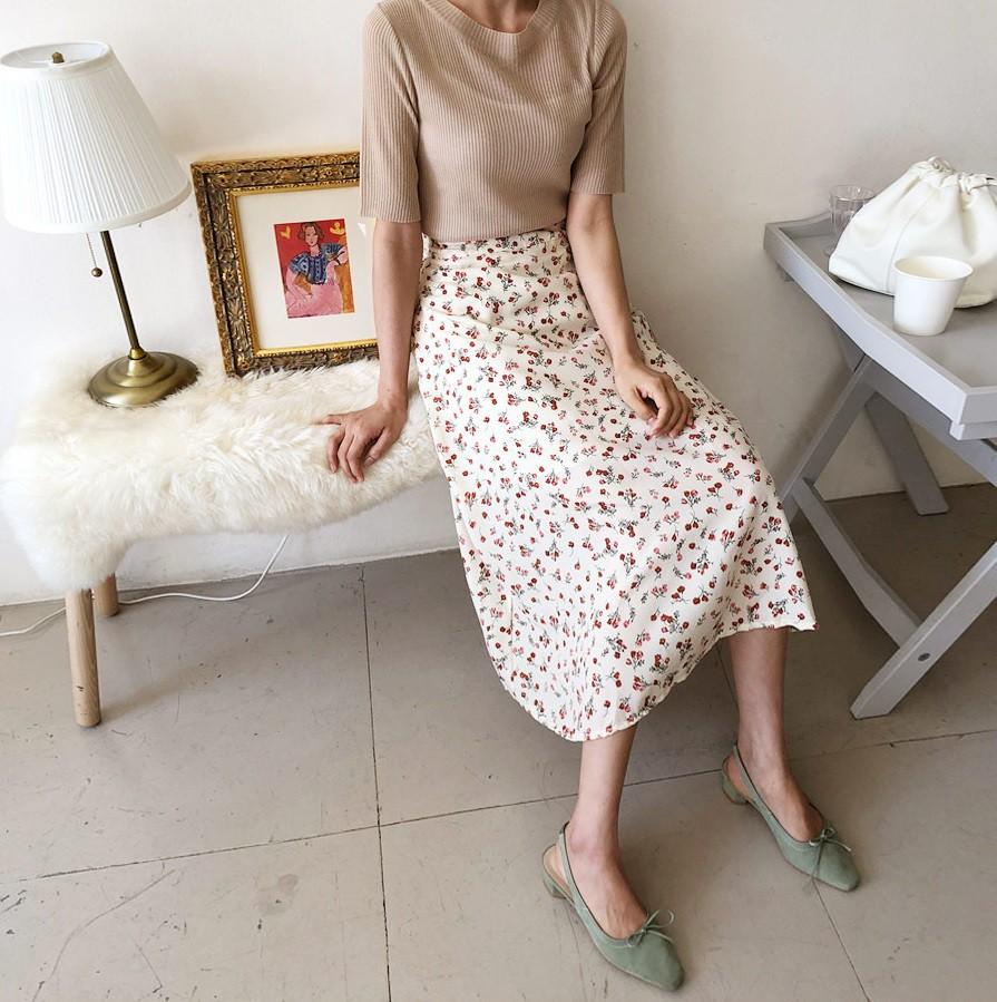 Chân váy hoa hè 2019 xinh đến mức có thể khiến bạn tiếc nuối khôn nguôi nếu không sắm ngay cho mình - Ảnh 6.