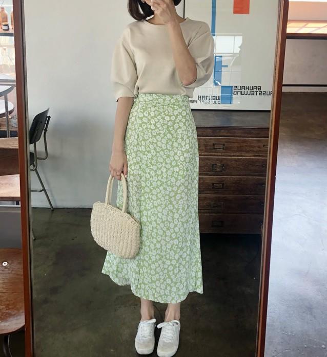 Chân váy hoa hè 2019 xinh đến mức có thể khiến bạn tiếc nuối khôn nguôi nếu không sắm ngay cho mình - Ảnh 7.