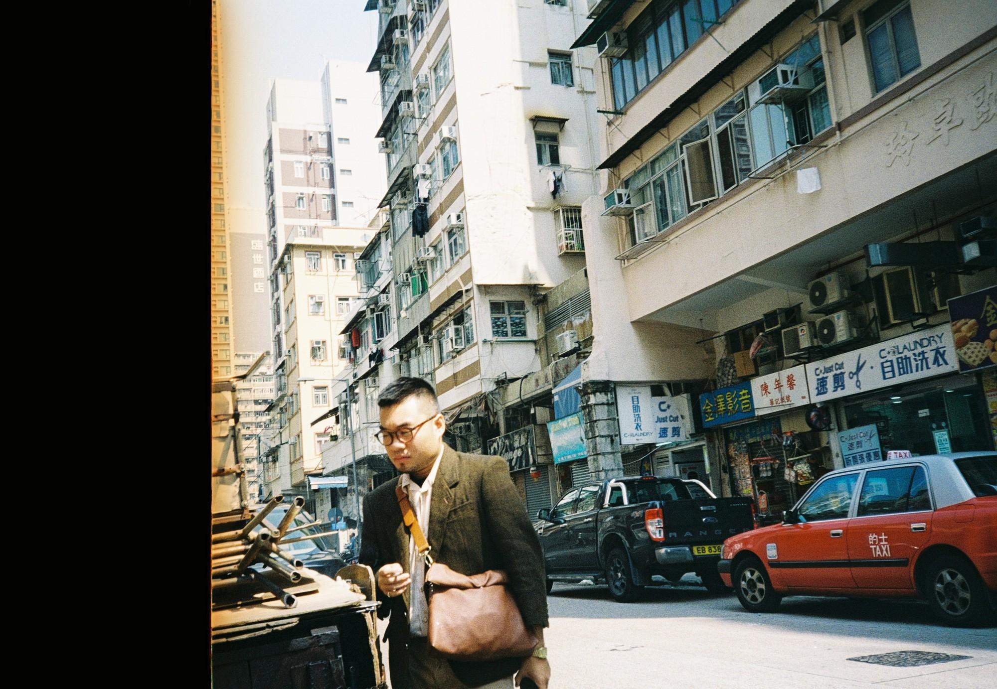 Hong Kong đẹp đến ngỡ ngàng qua những thước ảnh film của chàng trai Sài Gòn: Ai mà ngờ những tấm hình này được chụp vào năm 2019 kia chứ! - Ảnh 2.