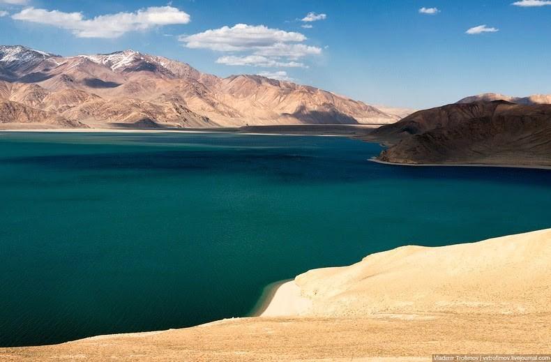 Ghé thăm hồ tử thần nằm tại nơi cao nhất thế giới: Nước mặn đến nỗi lật cả thuyền bè - Ảnh 6.