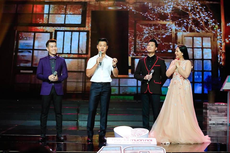 Khép lại 19 năm thanh xuân, MC Quỳnh Hương rơi nước mắt trong số cuối cùng dẫn Thay lời muốn nói - Ảnh 5.