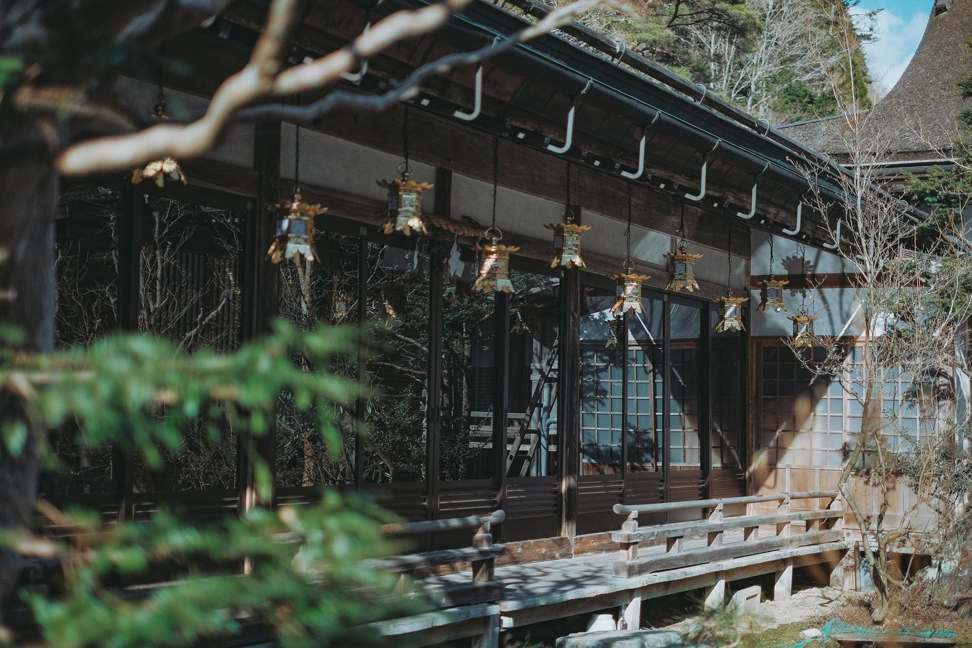 Khám phá Nghĩa trang Okunoin: Nơi được mệnh danh thánh địa thiêng liêng nhất Nhật Bản, có 5000 chiếc lồng đèn không bao giờ tắt - Ảnh 13.