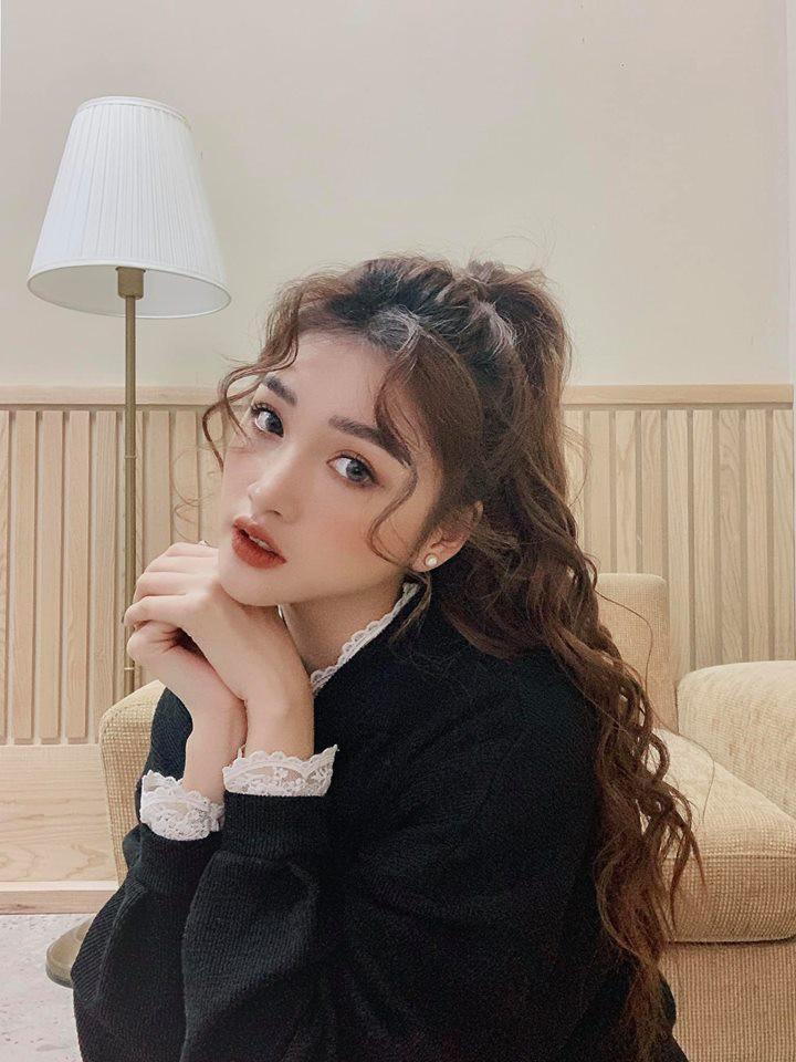 Studio không cho mở điều hoà make up còn lên mạng dằn mặt mời về nhà cho mát, hot girl Linh Thỏ bức xúc lên tiếng - Ảnh 1.