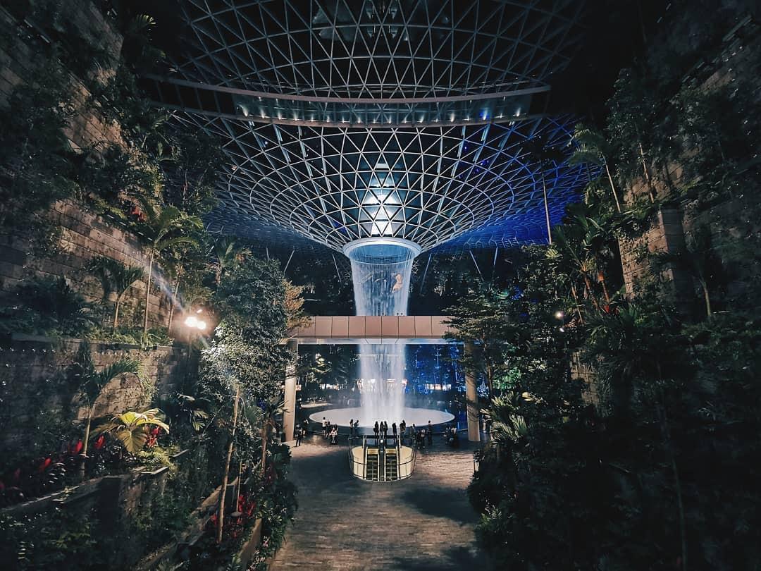 Vừa mới khai trương, khu phức hợp Jewel tại sân bay Changi - Singapore đã chiếm trọn spotlight trên MXH - Ảnh 4.
