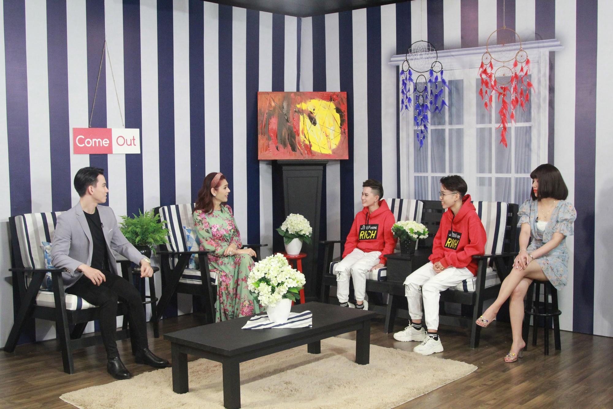 Lâm Khánh Chi hoang mang với 2 bạn nữ quen nhau nhưng không đụng chạm - Ảnh 2.