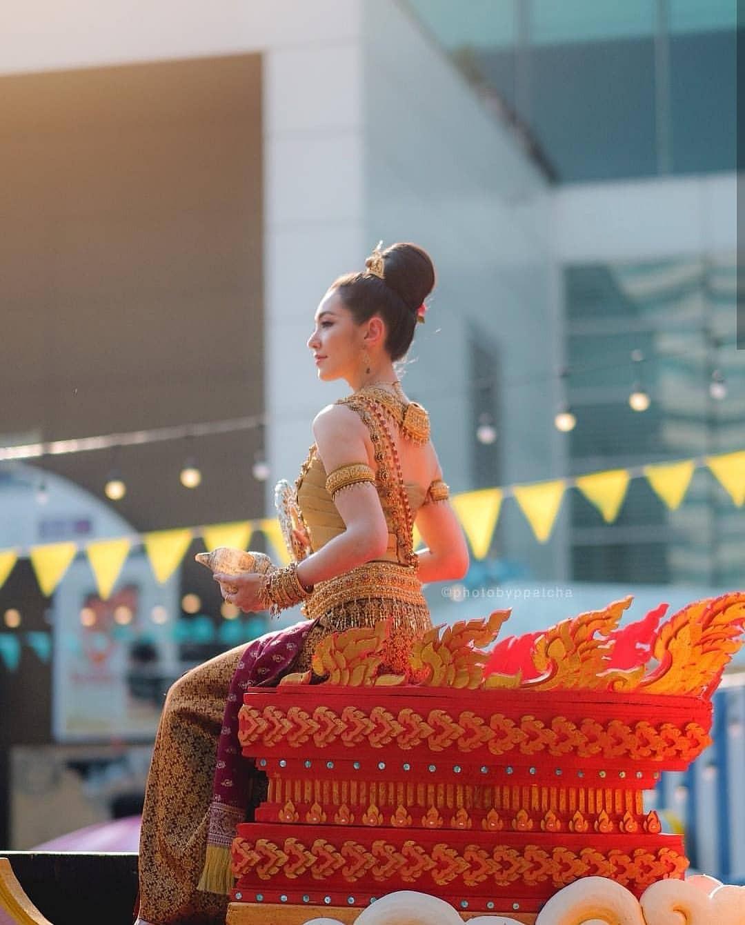 Dàn mỹ nhân đẹp nhất Tbiz hóa nữ thần tại Songkran 2019: Nữ chính Friend zone đỉnh cao nhưng có bằng 5 sao nữ này? - Ảnh 7.