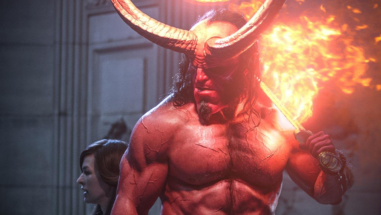 Quỷ đỏ Hellboy ra mắt hụt hơi, không đủ sức đọ lại thánh lầy Shazam - Ảnh 4.