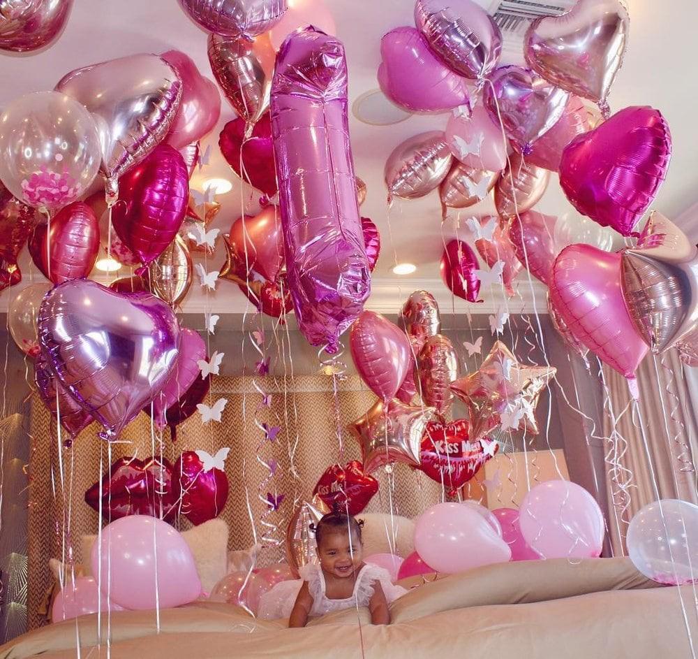 Tiệc sinh nhật 1 tuổi siêu xa xỉ của con gái Khloe: Quy tụ dàn nhóc tì nhà Kardashian, kẻ ngoại tình bất ngờ có mặt - Ảnh 3.