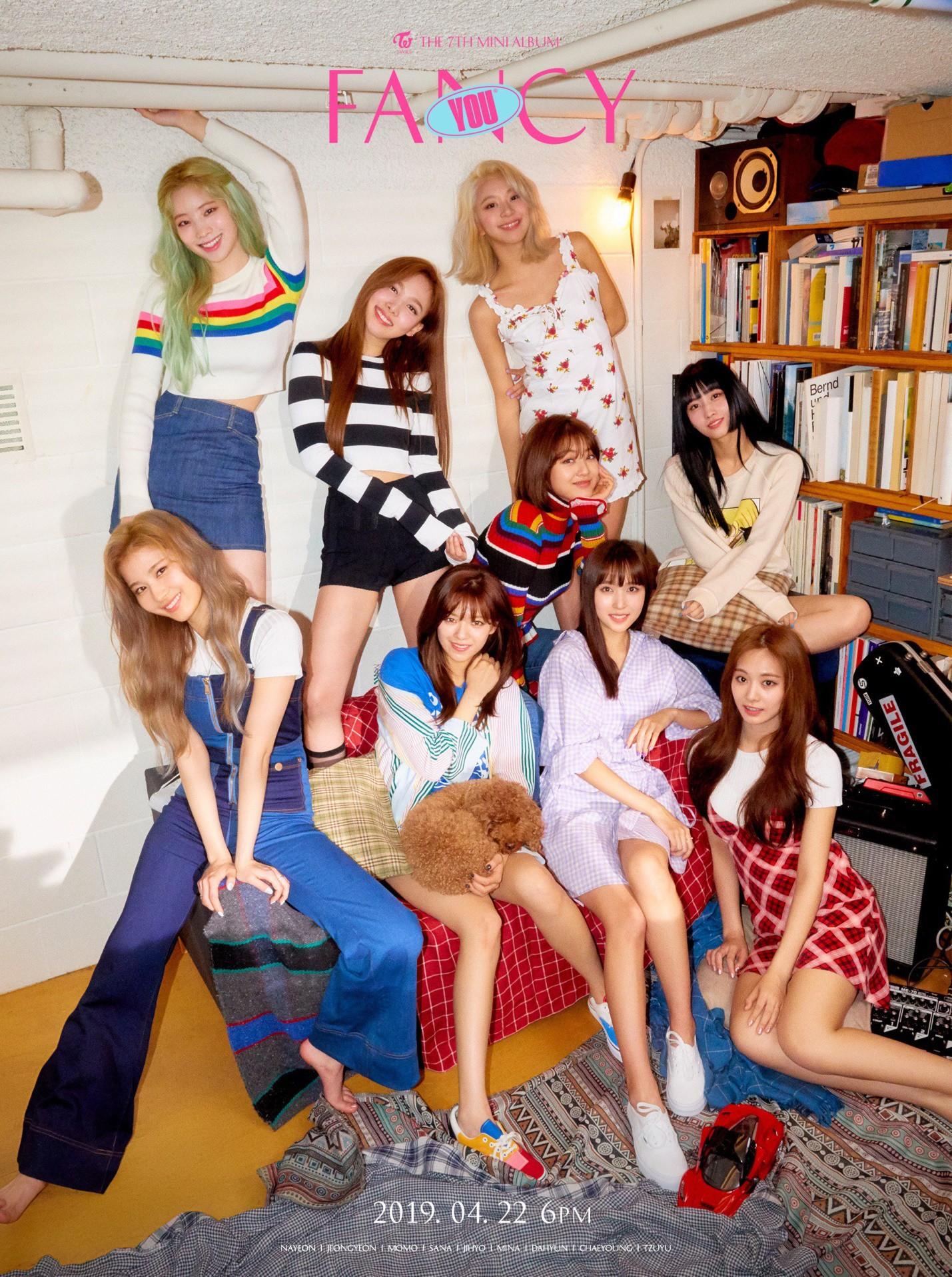 BXH girlgroup hot nhất: Black Pink chễm chệ ở ngôi vương, bất ngờ hơn là màn hoán đổi vị trí ngoạn mục ở top 10 - Ảnh 3.
