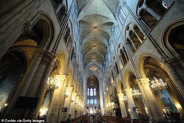 Đây là lý do thực sự khiến ngọn lửa tại Nhà thờ Đức Bà Paris trở nên kinh khủng đến mức mất kiểm soát - Ảnh 5.