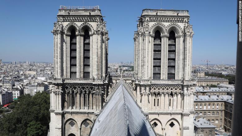 Những bảo vật khiến Nhà thờ Đức Bà Paris là biểu tượng bất diệt trong trái tim người Pháp: Bao nhiêu thứ còn nguyên vẹn sau đám cháy? - Ảnh 3.