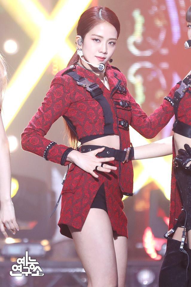 """Sao nữ có gương mặt thời trang nhất châu Á: Nghê Ni đứng đầu, Jennie """"đội sổ"""" nhưng sốc nhất là sự tuột dốc của Nhiệt Ba - Ảnh 6."""