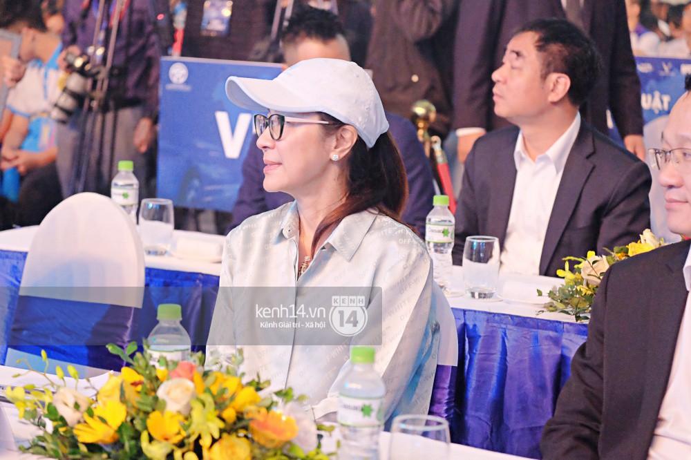 Mẹ chồng siêu giàu Dương Tử Quỳnh xuất hiện rạng rỡ, đồng hành cùng bạn trẻ Việt trong sự kiện ý nghĩa - Ảnh 9.