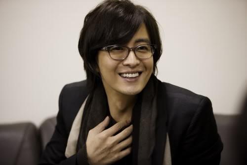 Netizen Hàn tranh cãi vì thù lao khủng của diễn viên: Sao trả nhiều thế, tăng lương cho nhân viên đoàn đi! - Ảnh 1.