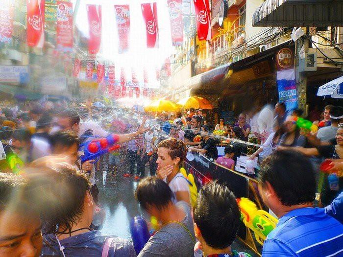 Bất ngờ trước số người thiệt mạng chỉ trong 4 ngày đầu Lễ hội té nước Songkran 2019 - Ảnh 2.