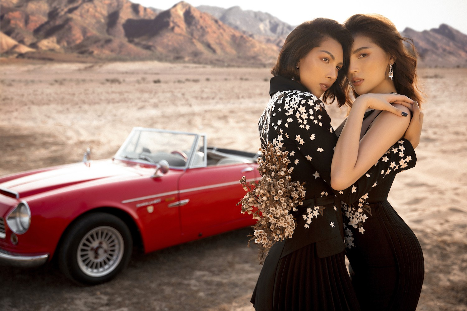 Cue Duyen and Minh Trieu became more and more attached and passionately accepted among the desert - Photo 4.