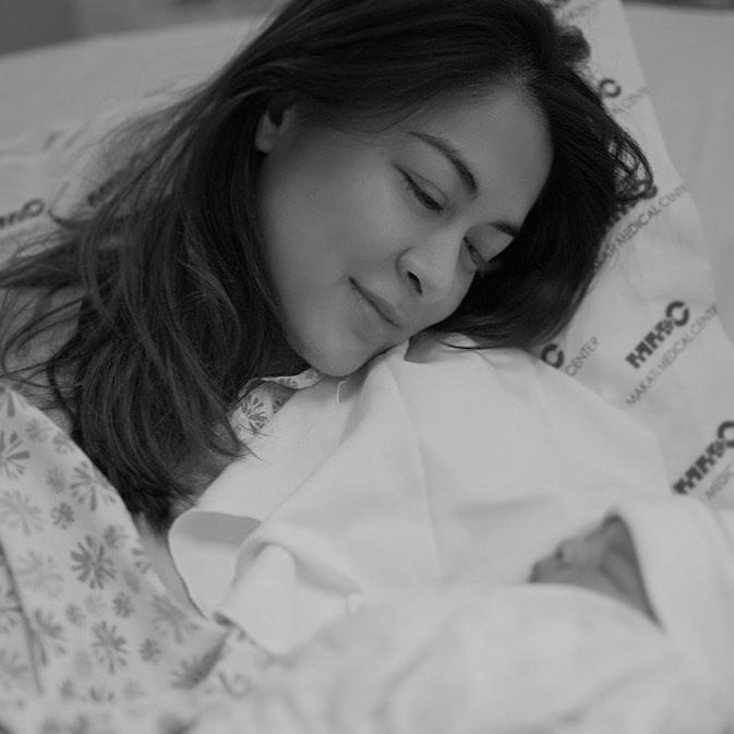 Sau 10 tiếng đau đẻ, mỹ nhân đẹp nhất Philippines hạ sinh quý tử: Nhan sắc của cả mẹ và con đều gây sốt - Ảnh 2.