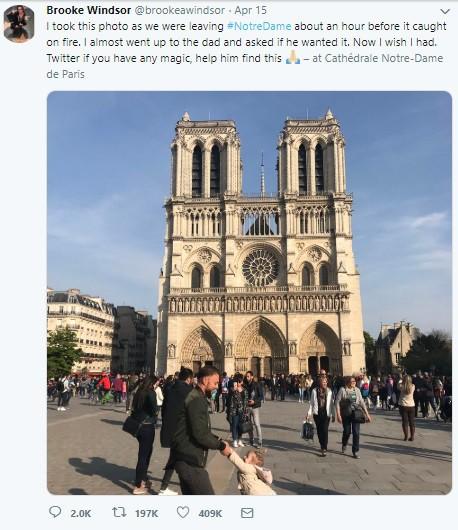 Cư dân mạng tìm kiếm hai cha con chụp ảnh trước Nhà thờ Đức Bà Paris ngay trước vụ hỏa hoạn - Ảnh 1.