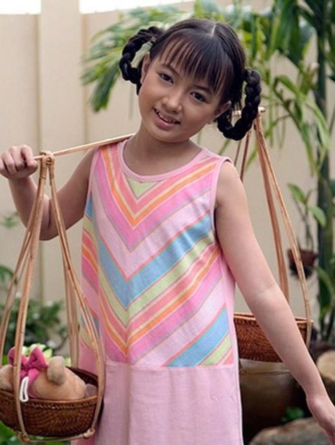 Showbiz Việt chứng kiến nhiều màn lột xác ngoạn mục, khác biệt đến khó tin của dàn sao nhí đình đám một thời - Ảnh 10.