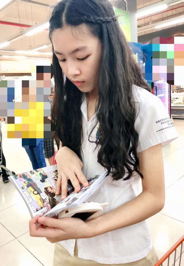 Con gái MC Quyền Linh lần đầu catwalk với áo dài, càng nhìn càng thấy thần thái của Hoa hậu tương lai - Ảnh 7.