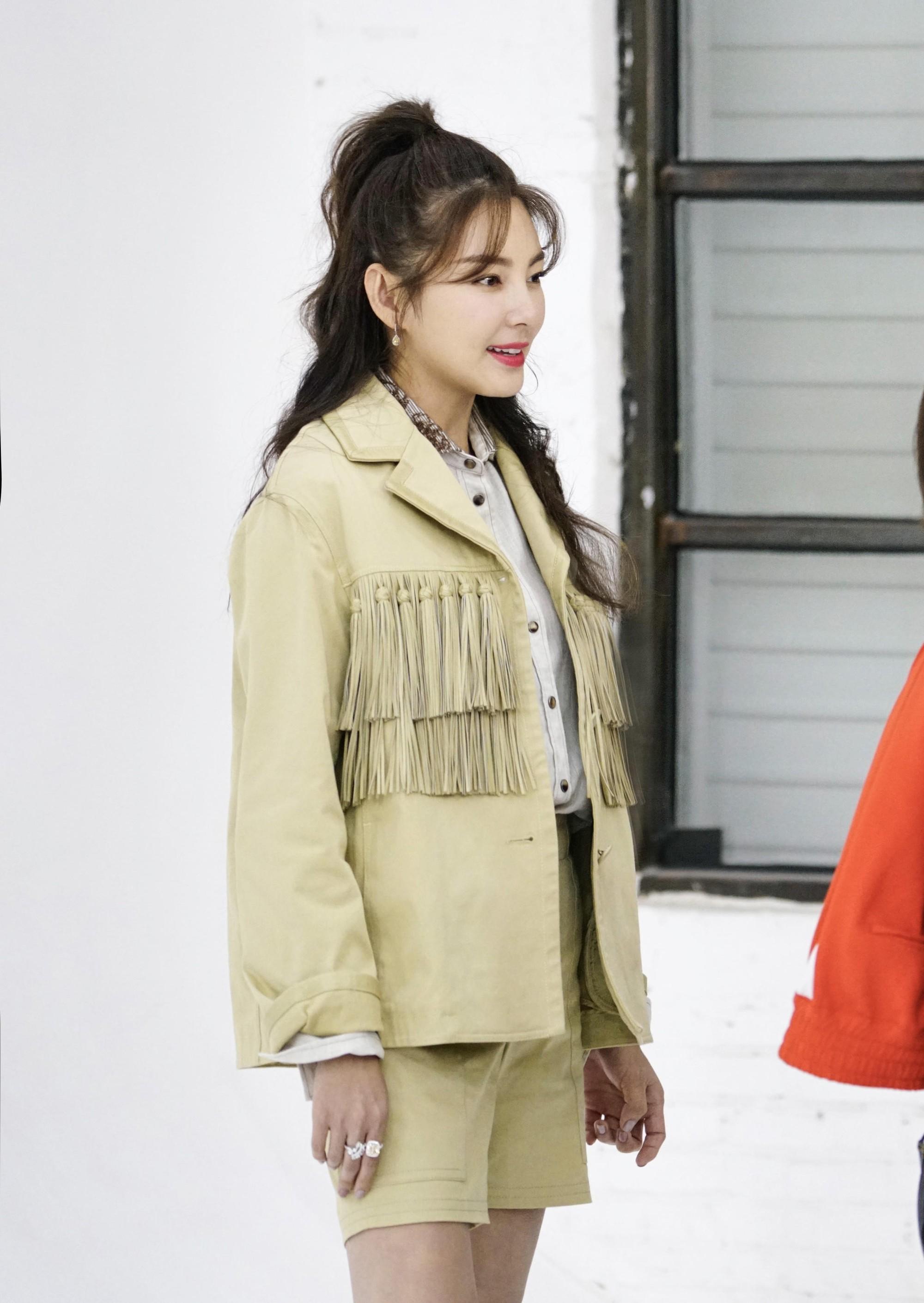 Song Hye Kyo Trung Quốc lộ nhẫn kim cương khủng, chuẩn bị cưới đại gia lần 3 sau scandal đâm chồng cũ? - Ảnh 5.