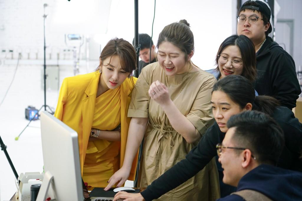 Song Hye Kyo Trung Quốc lộ nhẫn kim cương khủng, chuẩn bị cưới đại gia lần 3 sau scandal đâm chồng cũ? - Ảnh 6.